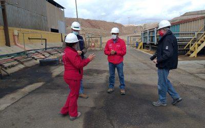 Seremi de Minería y Gobernadora Provincial de Huasco visitan Planta Dos Amigos